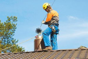Осуществляем прочистку и обследование дымоходов и вентканалов с выдачей актов произведенных работ